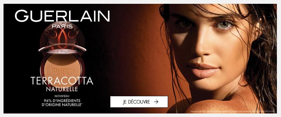 Réveillez vos sens avec notre luxueux parfum Armani Si
